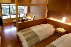 【別邸美悠】坪庭側65平米寝室イメージ