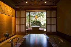 【別邸美悠】坪庭側65平米和室イメージ